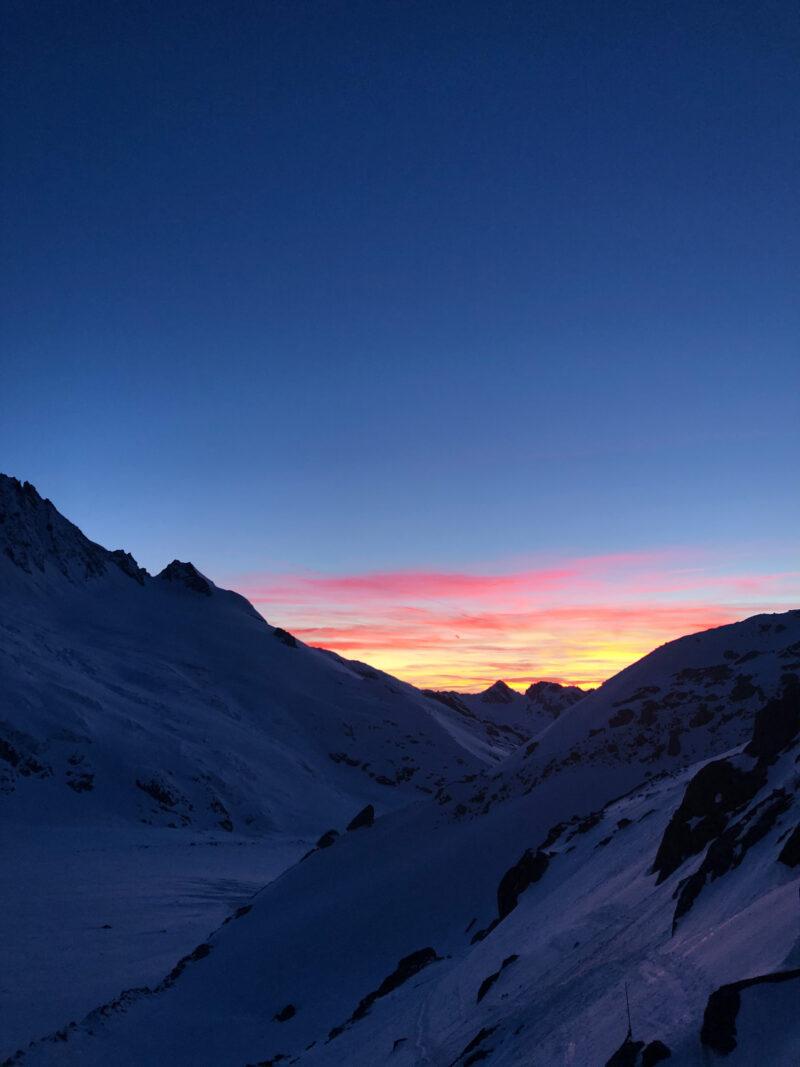 Ski alpinisme ski de rando sécurité glacier refuge Argentière Mont Blanc crevasse safe
