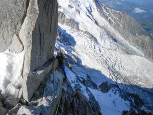 Arête des cosmiques Alpinisme Mont Blanc aiguille du Midi escalade grimpe climb climbing alpinism