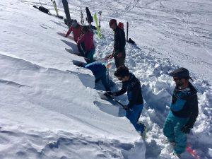 Formation nivologie Beaufortain coupe manteau neigeux