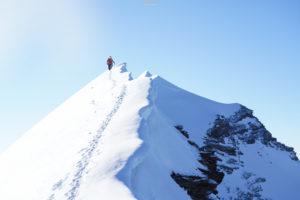 Traversée Liskamm alpinisme escalade arête neige suisse alpes Valais Quintino Sella Gnifetti