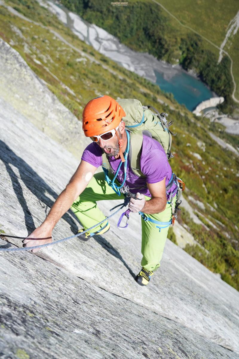 Dalle de Séloge Bornéo ville des Glaciers escalade alpinisme Beaufortain Mont Blanc
