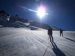 aiguille des Glaciers alpinisme Mont Blanc Beaufortain refuge Robert Blanc Chapieux
