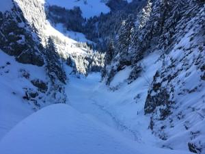 couloir Tines Beaufortain ski randonnée pente raide Beaufortain