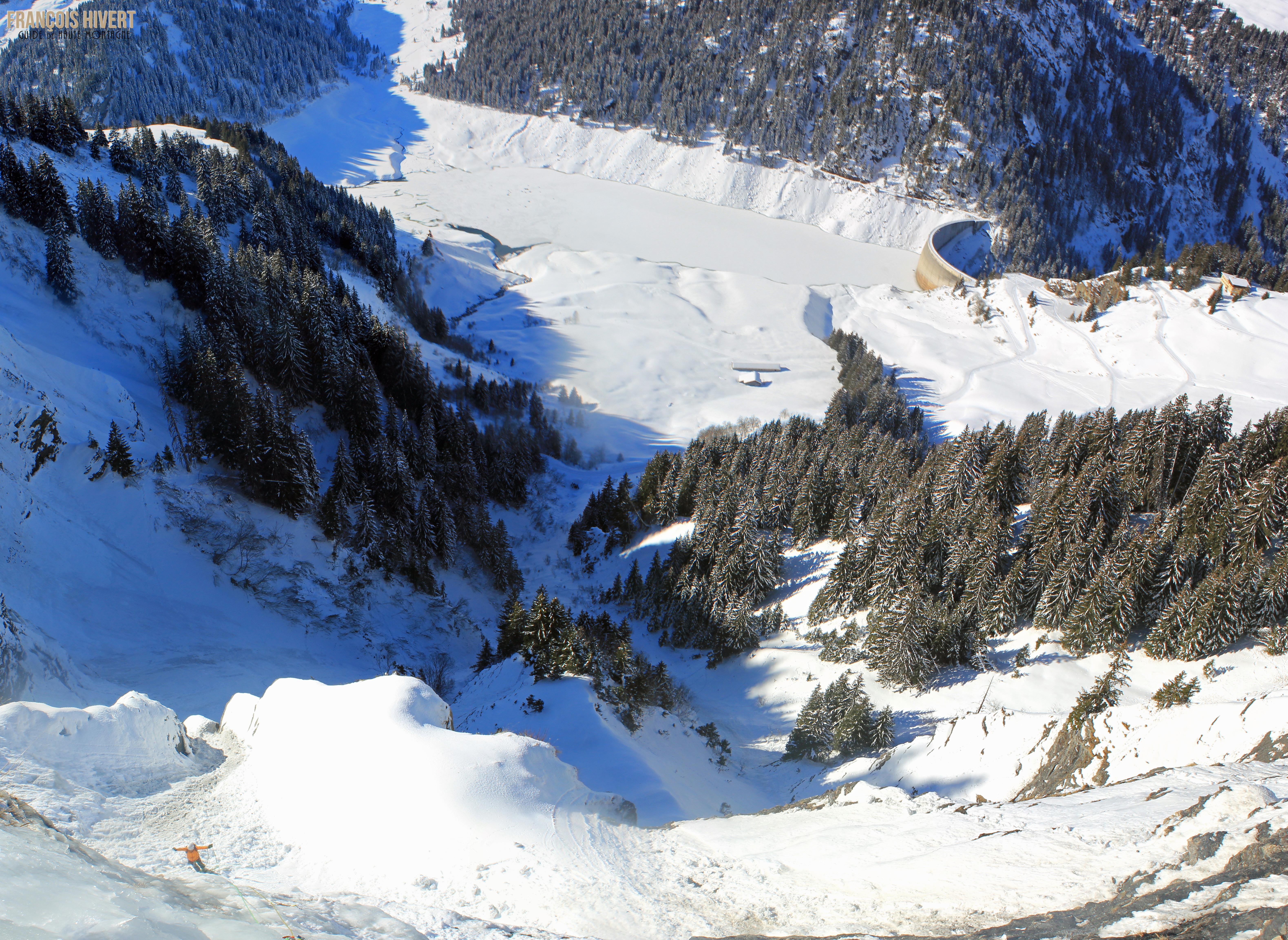 Pano cascade St Guérin crédit