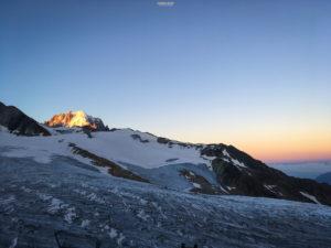 Refuge Albert 1er lever de soleil alpinisme escalade mont blanc chamonix